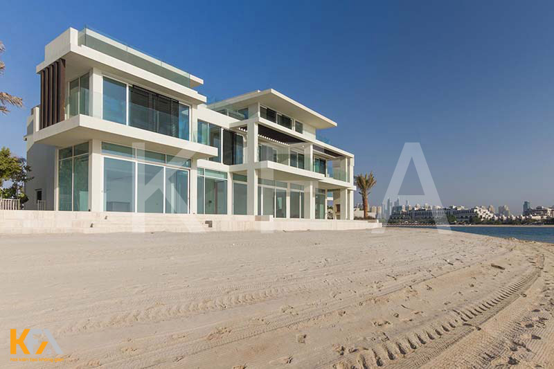Frond-Signature-Villa-In-Palm-Jumeirah-Dubai