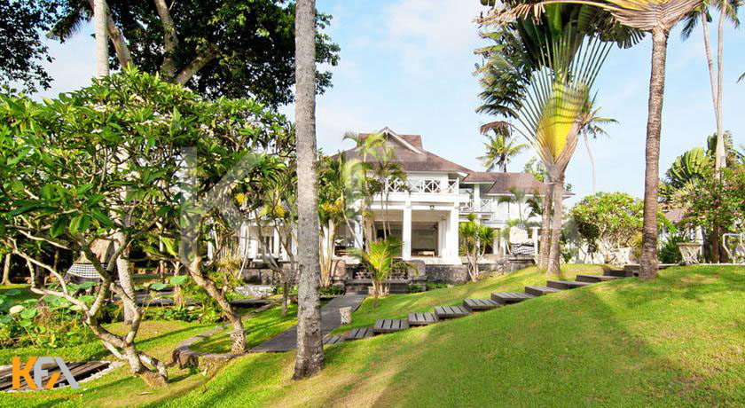 Villa-Gajah-Putih-Bali 2