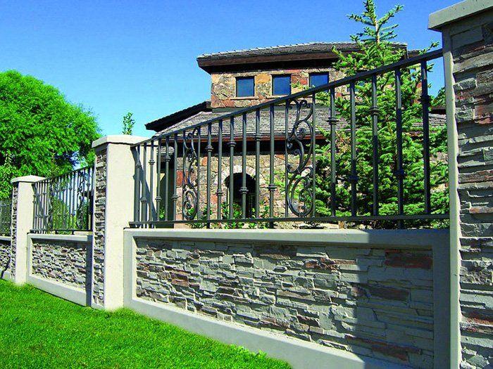 hàng rào đẹp với đá tự nhiên