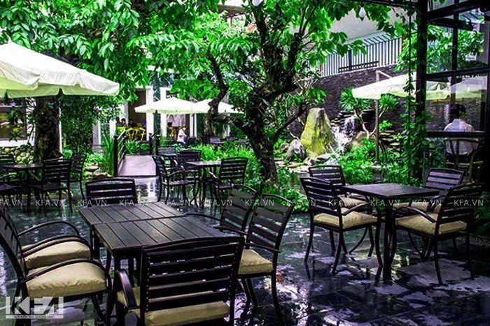 thiet-ke-quan-cafe-san-vuon-dien-tich-nho-03