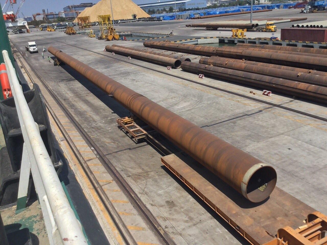 vật liệu cột ống thép