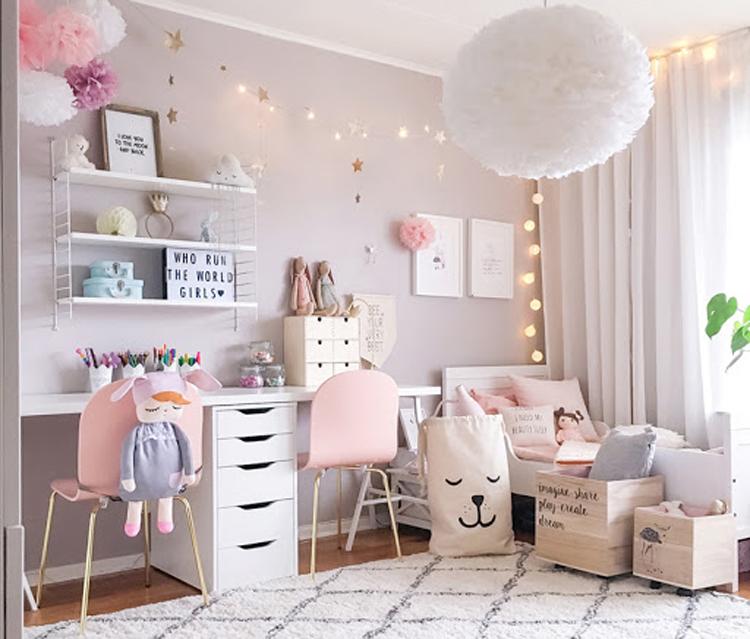 thiết nội thất phòng ngủ với các họa tiết cầu kỳ