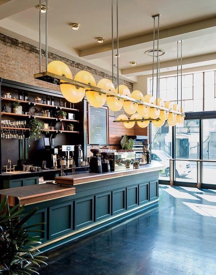 thiết kế quầy bar hiện đại và đầy đủ tiện nghi