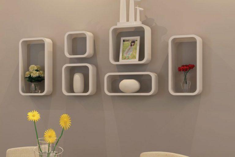 Giá treo tường là một ý tưởng hay để trang trí ngôi nhà