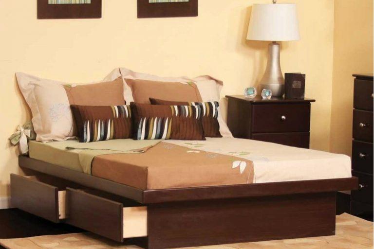 Đồ nội thất trong căn phòng được thiết kế đa năng, tiện sử dụng