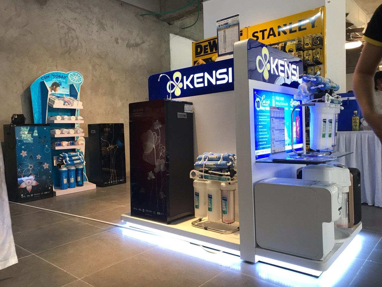 Thiết kế showroom thiết bị điện máy