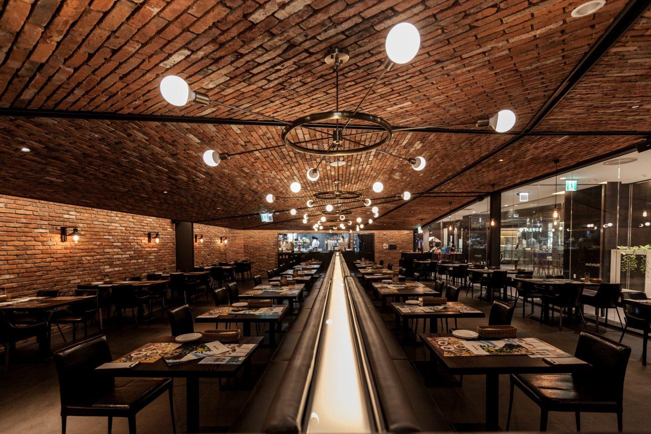 Thiết kế nội thất nhà hàng bít tết sang chảnh