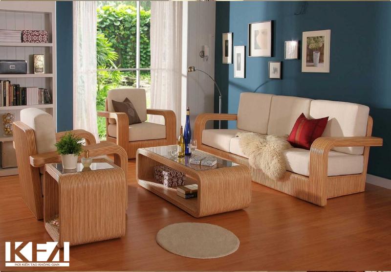 Sử dụng bàn ghế bằng gỗ nguyên khối độc đáo và lạ mắt