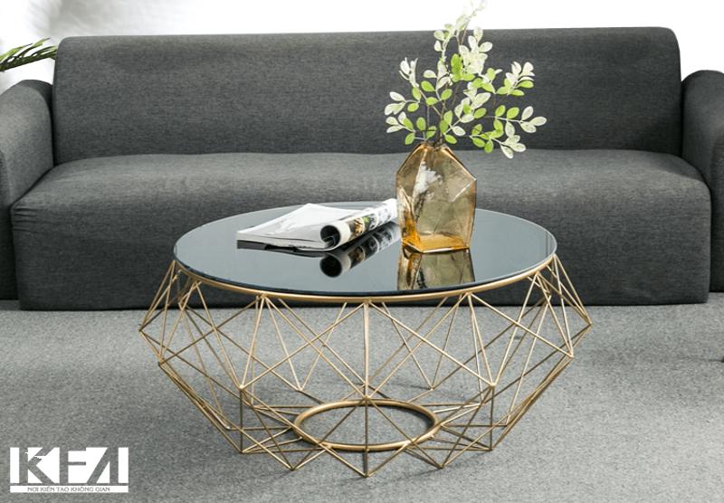 Bàn tròn mang đến không gian phòng khách sự mềm mại, nét uyển chuyển vô cũng tinh tế.