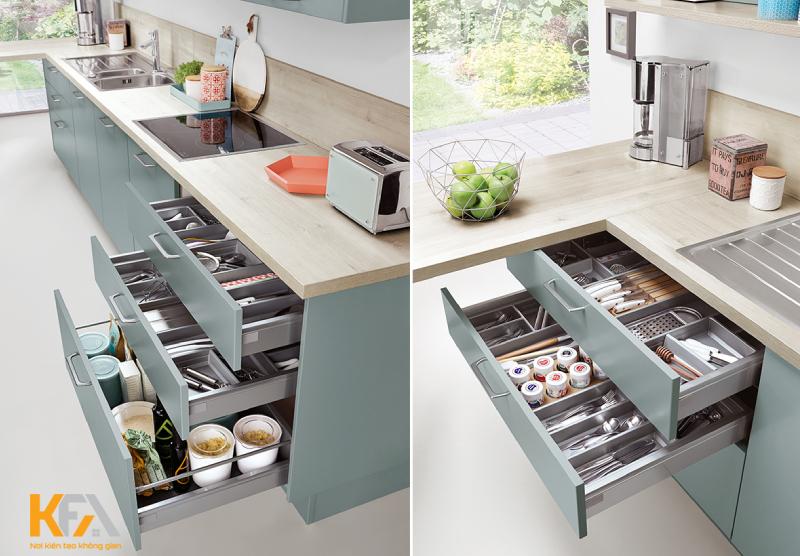 Phòng bếp hiện đại với thiết bị tủ bếp thông minh