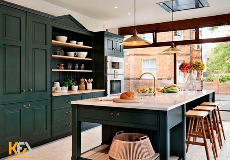 Màu xanh rêu phá cách cho căn bếp thêm phần thu hút