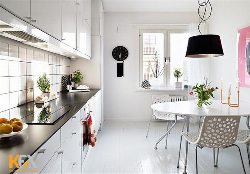 Phòng bếp nhà ống tiện nghi và hiện đại